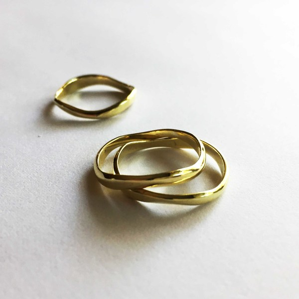 Our handcrafted CURVE Rings are all entirely unique as each one is made entirely from scratch. Stunning when worn alone, but they make such an impact when you stack a few together!   CURVE Rings are available in our choice of brass, copper or silver!  Every ring purchased is packaged in a jewellery box, making it ready for gifting.  As rings are custom made to your specifications, please allow 2-4 days for manufacturing and 2-3 days for delivery!  Please supply your ring size when placing an order (leave a comment in the comment box)! We highly suggest visiting your local jewellery store to find your ring size, as measuring at home can be inacurate. Also see our FAQ page for more information. *Please note that there is charge for resizing rings when incorrect sizes are supplied.
