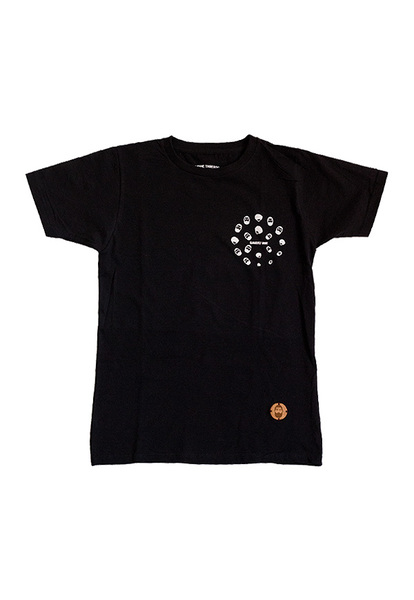 Our Urban Revolver short and long sleeve T-Shirt constructed with a premium 180gsm cotton and poly cotton blend fabric to ensure comfort.  The Urban Revolver T-Shirt features a pocket sized Yuppie Threads iconography visually represented in a circular pattern design motif with iconic wooden ensembles attached to the T-shirt to give it an overall iconic Yuppie Threads look and finish.    Colours Available: Black, White, Charcoal Grey, Navy  Styles Available:  - Short Sleve  - Long Sleeve  This product takes 3 - 5 days to manufacture and construct.  Shipping  For nationwide and international deliveries we use a reputable company. Please include your address when placing an order.  Please allow 2 - 5 working days for nationwide deliveries.
