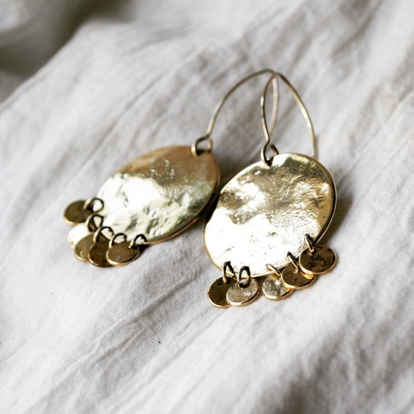 SWING HOPPITY Dangly Earrings