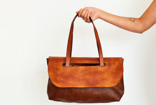 Everyday Shoulder bag - tan