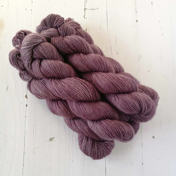 Bramble Wine is a beautifully evocative semi-solid - it reminds me of bruised brambles (or bramble stains on one's fingers). It is a dusky reddish purple-pink tone that pairs well with Faded Terracotta Clay, Rustic Linen, and West Coast Fog.