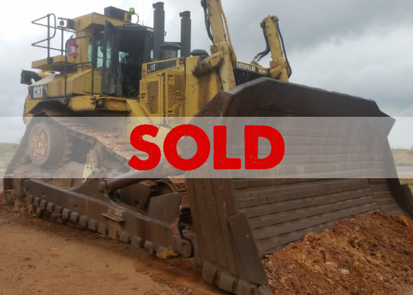 BRAND: CAT MODEL: D11T YEAR: 2010 HOURS: 16000   Price on request