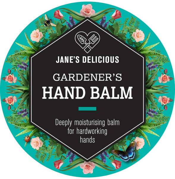A deeply moisturising balm for hard working hands.  With beeswax, shea butter, coconut oil, Kalahari melon seed oil, sweet almond oil, vitamin E oil, aloe vera, frankincense, lavender and rose pelargonium  Made with 100% natural ingredients. In a screw top aluminium tin.  Tested on gardeners!