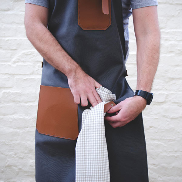 CANVAS & LEATHER APRON