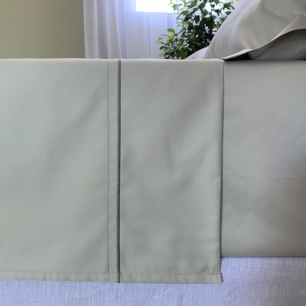 Signature Collection - Single Satin Stitch Flat Sheets - Shadow on Oyster