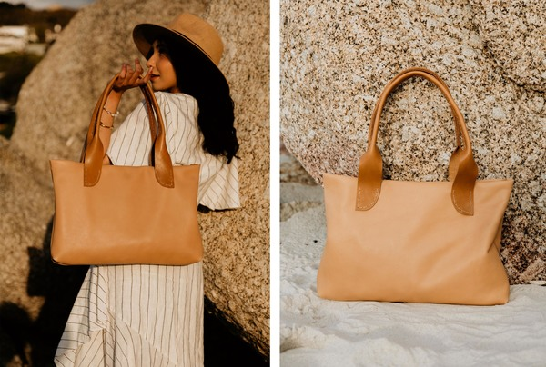 The Roya tote - sand