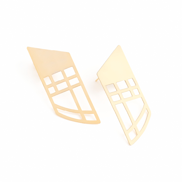 These pieces represent an entrance, a gateway, the ever-important first impression. Make your own entrance in our gorgeous Golden Gate earrings. Available in polished brass with sterling silver studs. Size: 6cm long x 2cm wide