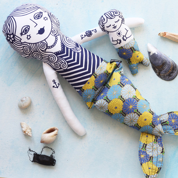Mermaid Mama Pearl and her merbaby