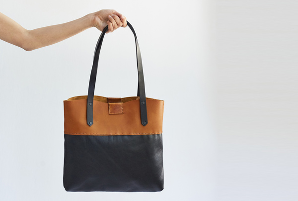 Soft Tote bag - tan and onyx