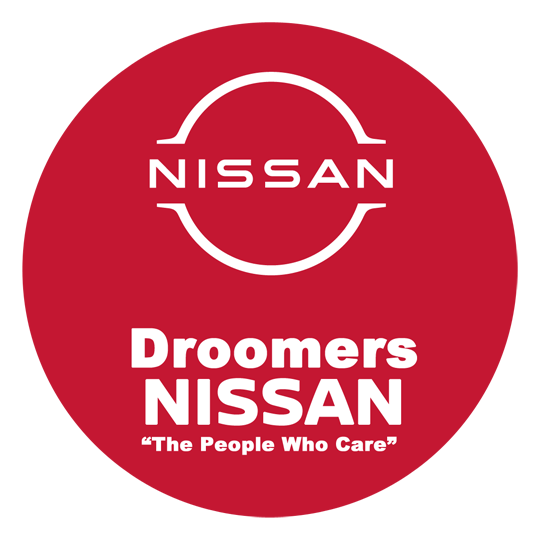 Droomers nissan round red on white 2020