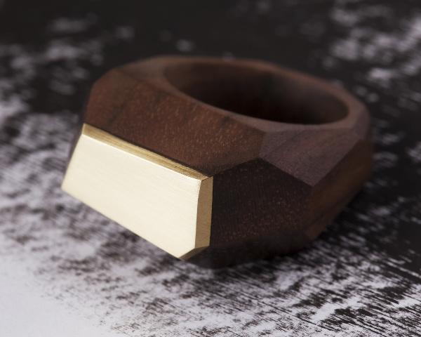 Walnut metal ring