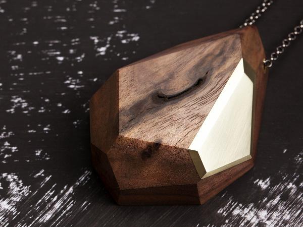 Walnut with brass facet pendant fa c et